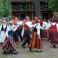 Folk_dance_H6140_Tanhuajat_P