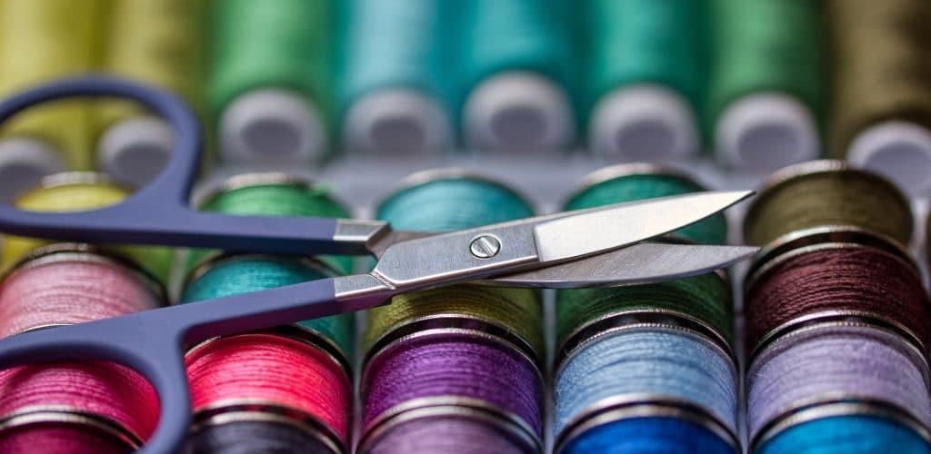 sewing-kit-5063401_1920